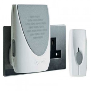 Byron Plug-In Flash Chime Doorbell for the Hard of Hearing BY202F